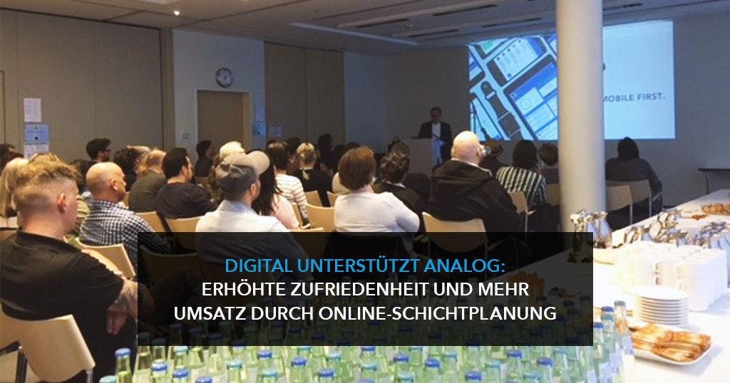 Digital unterstützt analog: Erhöhte Zufriedenheit und mehr Umsatz durch Online-Schichtplanung